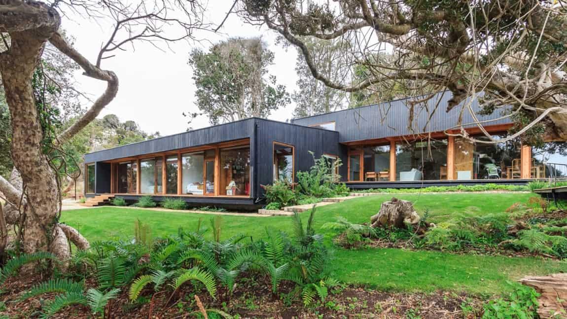 Las Escaleras Country House by Prado Arquitectos (4)