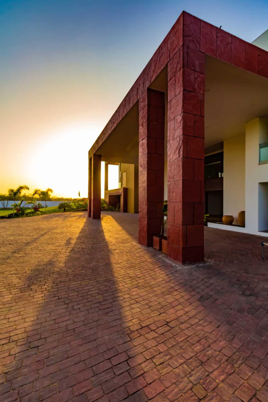 Layvir by Ramesh Patel & Associates (6)