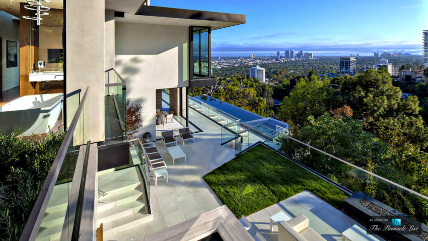 A Stunning Luxury Residence For Sale In Los Angeles California