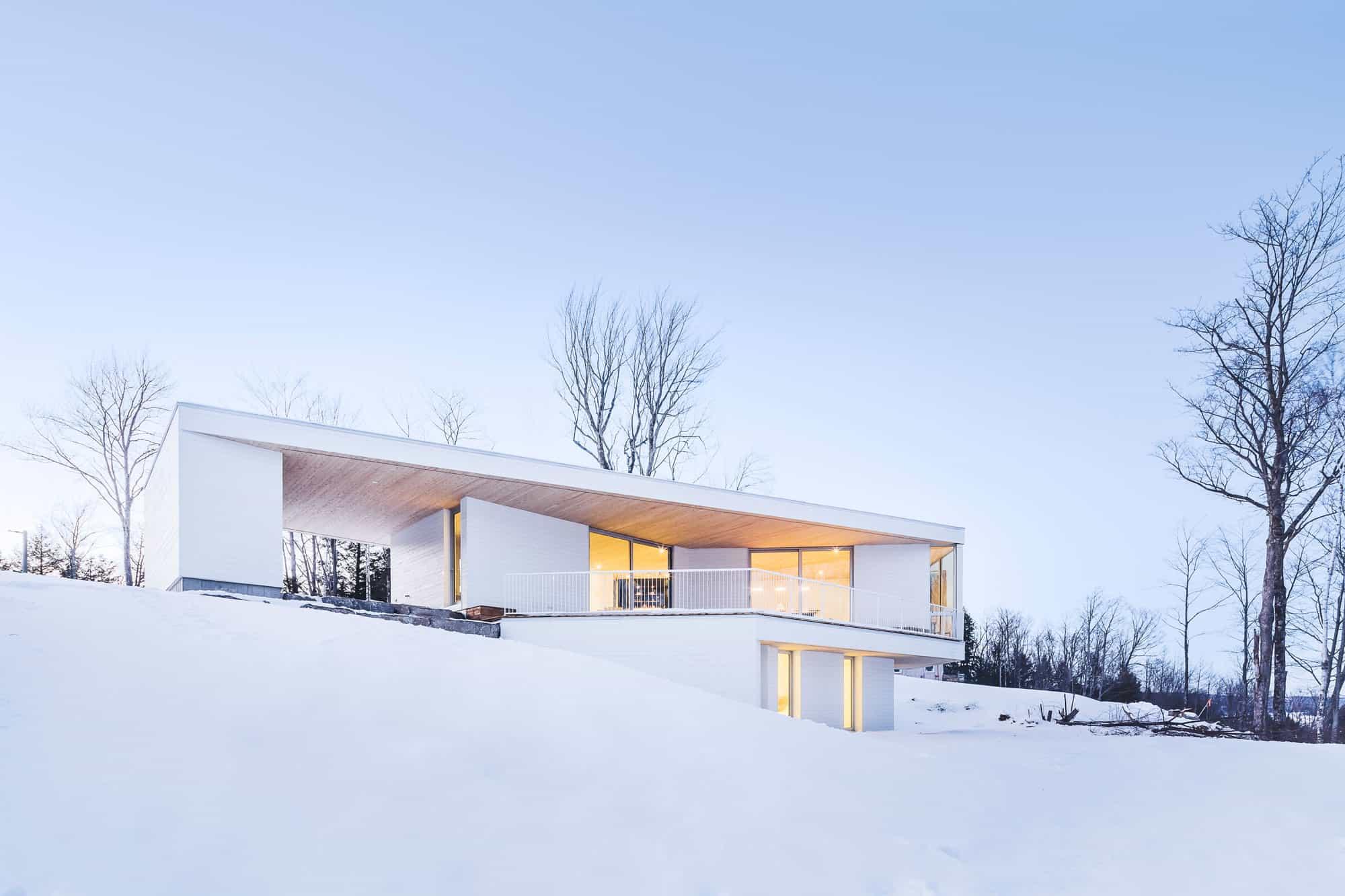 MU Architecture Designs a Luminous Private Home in Mansonville, Canada