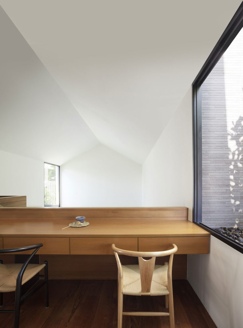 PK79 by Ayutt and Associates Design (23)