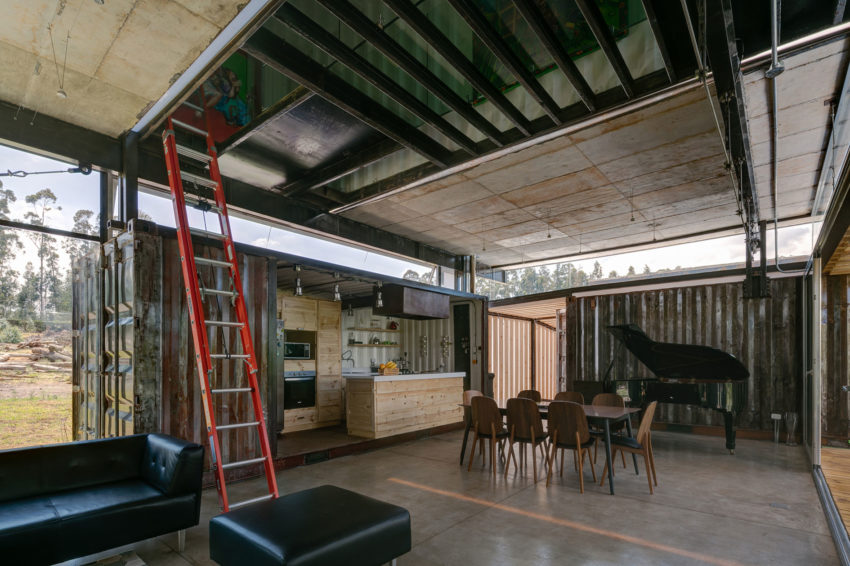 RDP House by Daniel Moreno Flores & Sebastian Calero (15)