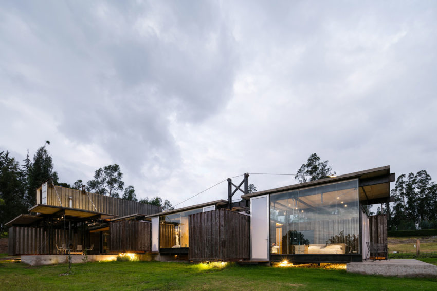 RDP House by Daniel Moreno Flores & Sebastian Calero (24)