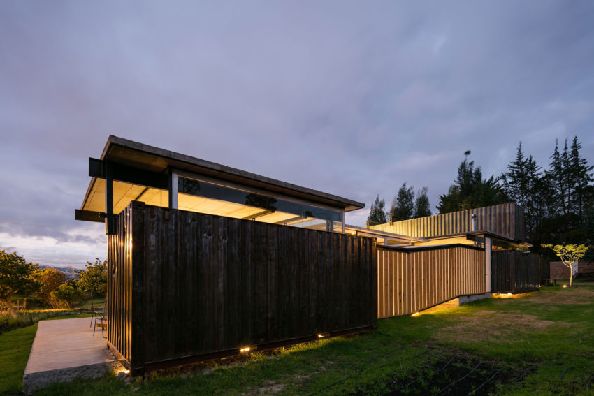 RDP House by Daniel Moreno Flores & Sebastian Calero (25)