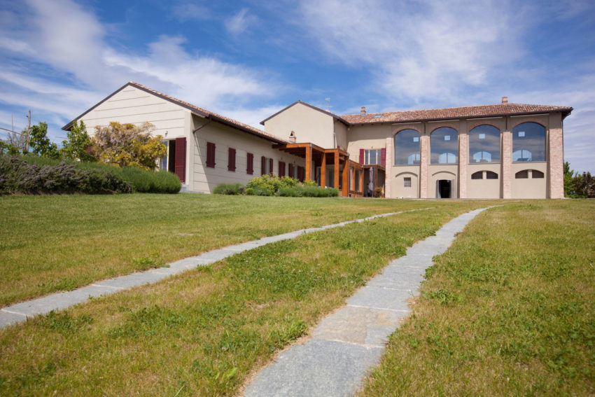 Ristrutturazione Cascina by Atre Studio Architetti (1)