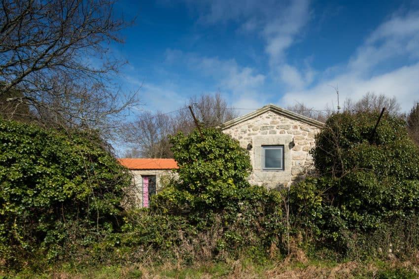 Rural Tourism in Paredes de Coura by Escritório de Arq (2)
