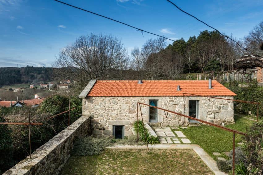 Rural Tourism in Paredes de Coura by Escritório de Arq (4)