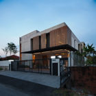 SS3 House by Seshan Design (32)