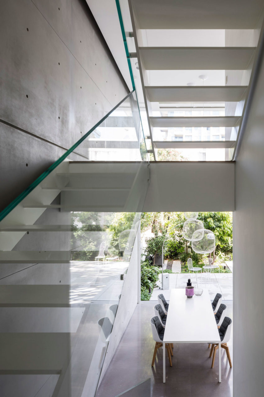 Tel Aviv House by Pitsou Kedem Architects (20)