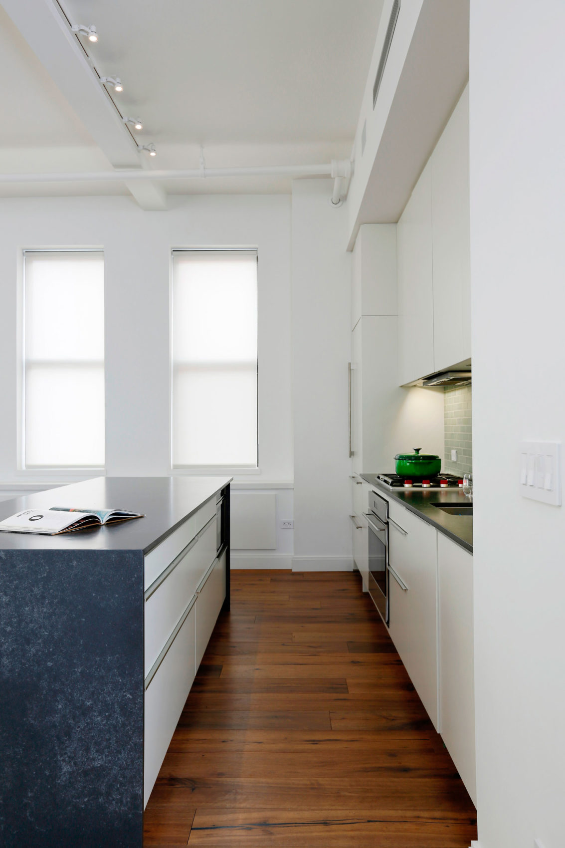 The East Village Loft by Shadow Architects (5)