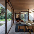 The House and the Trees by Iglesis Arquitectos (9)