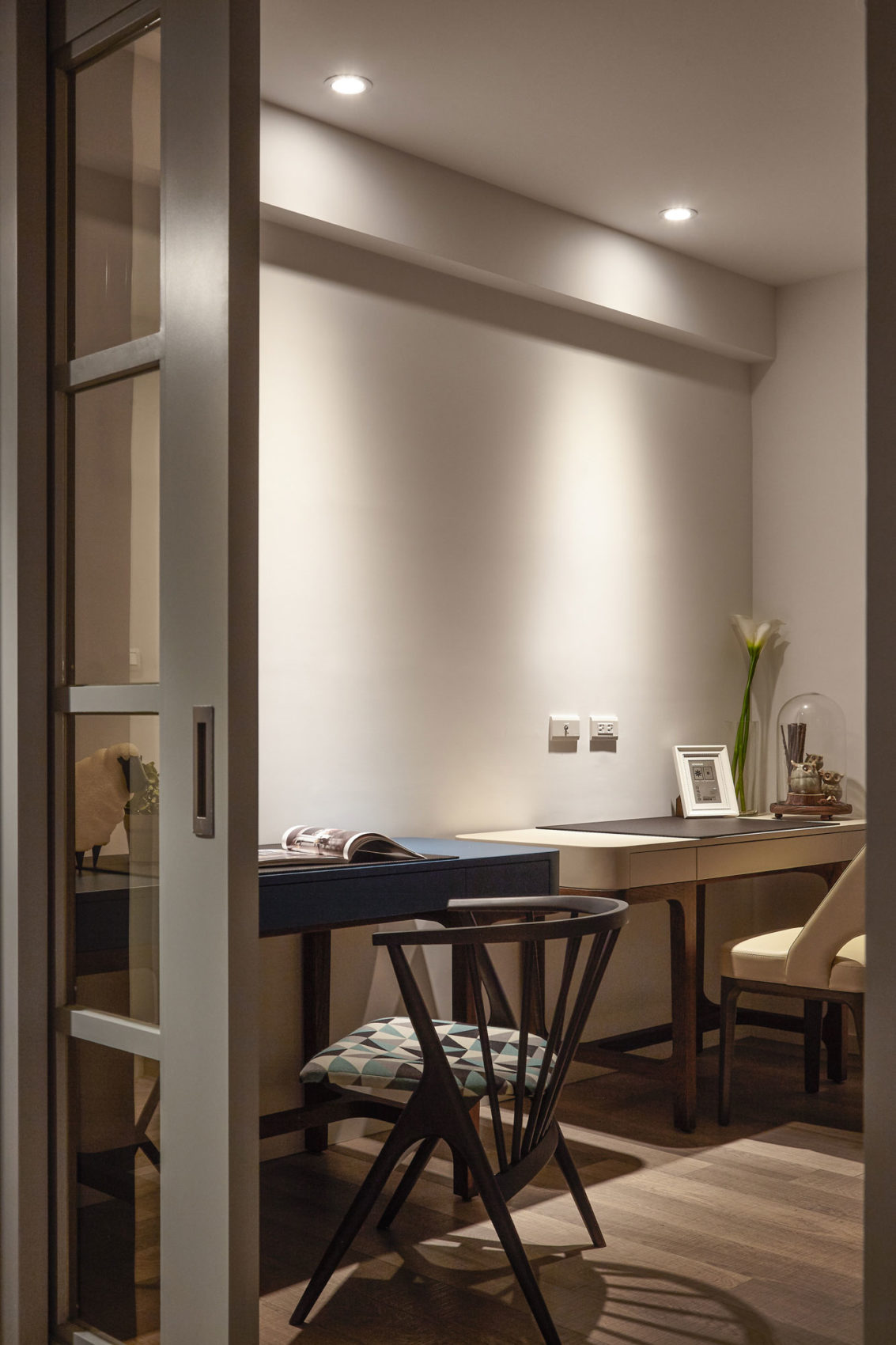 Thirty Year Old Apartment in Taipei by Alfonsoideas (16)
