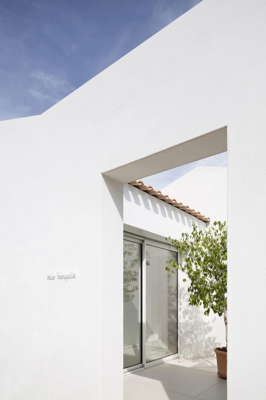 Villa Tranquille by ARTELABO (5)