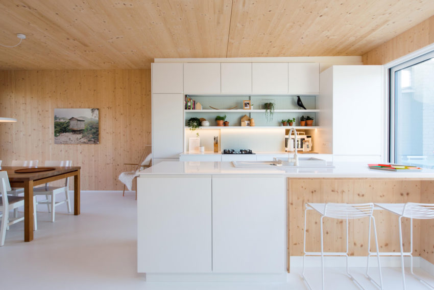 Wooden Box 2 by SPOTLESS ARCHITECTURE (15)