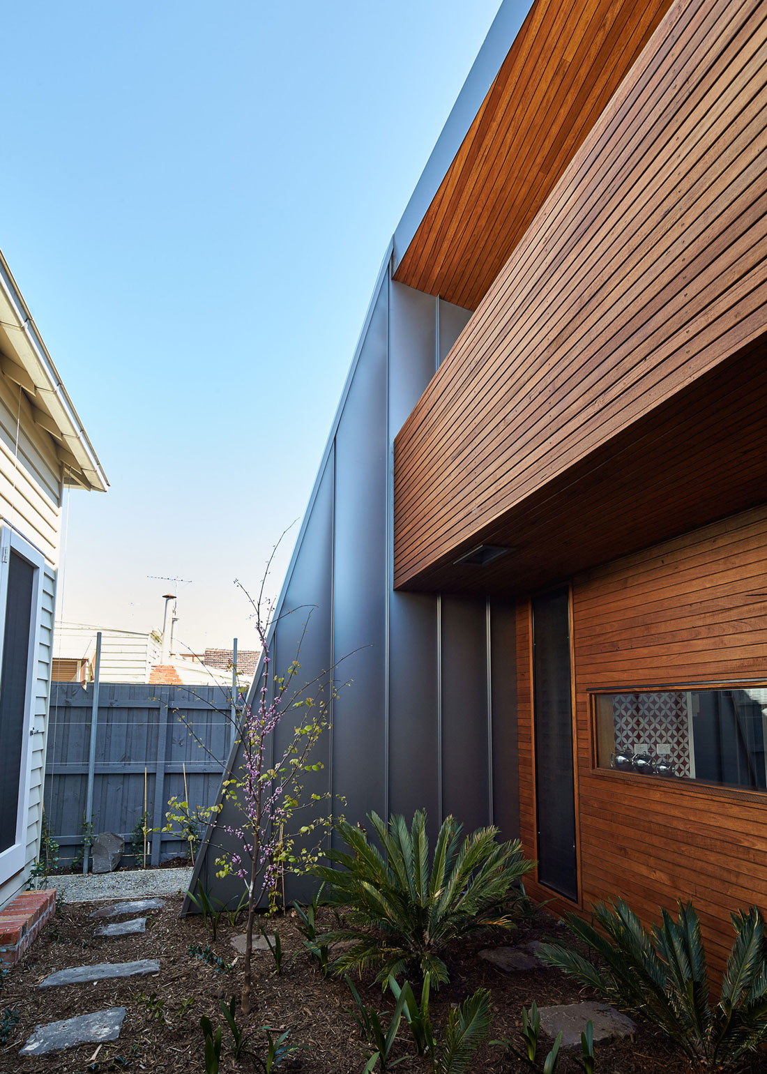 Yarraville Garden House by Guild Architects (5)