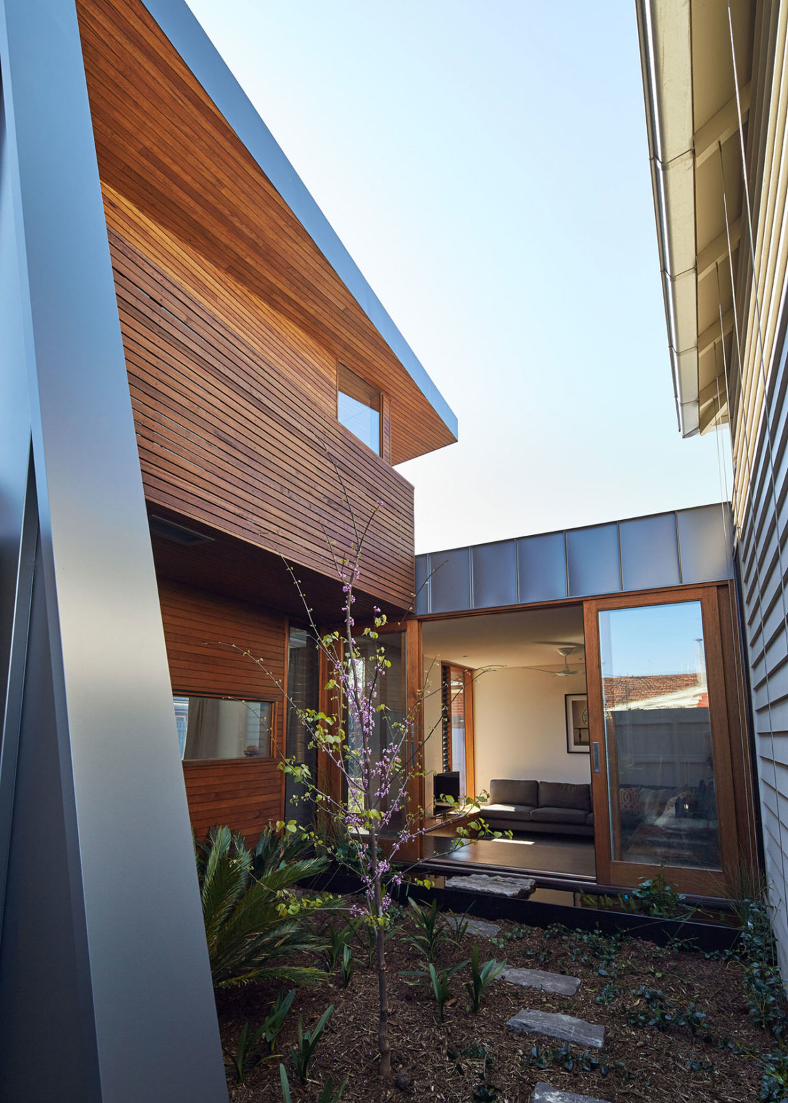Yarraville Garden House by Guild Architects (6)