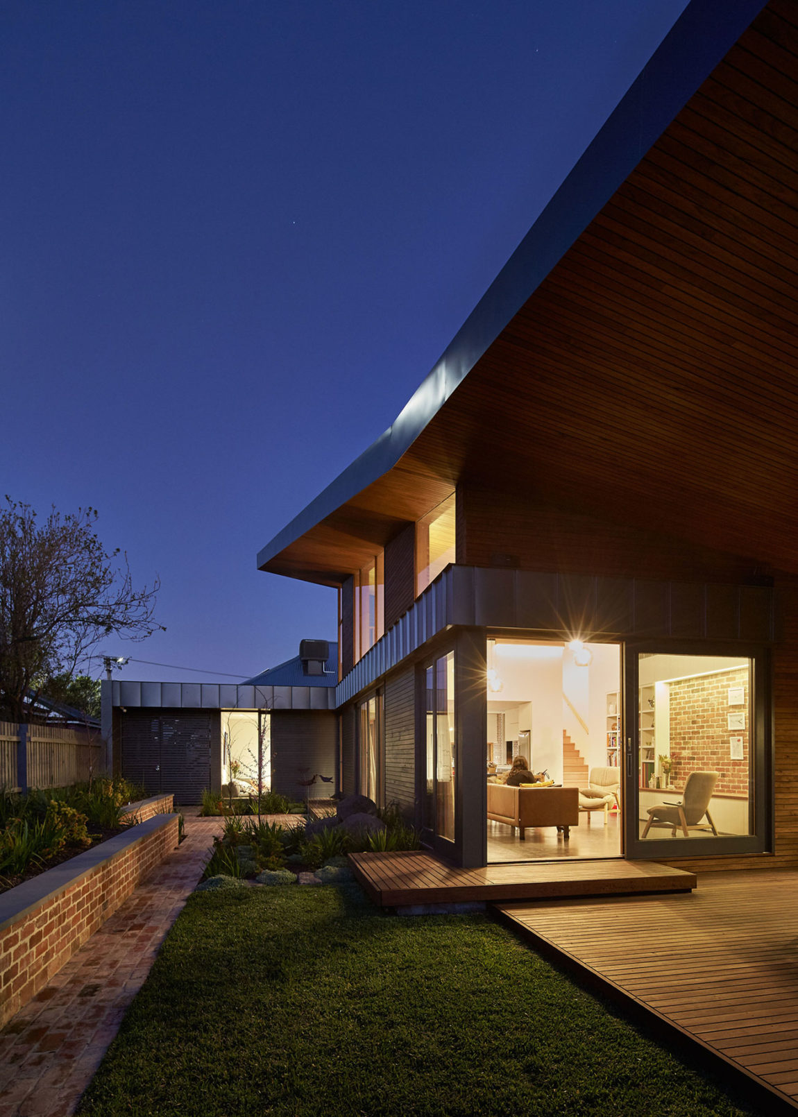 Yarraville Garden House by Guild Architects (18)
