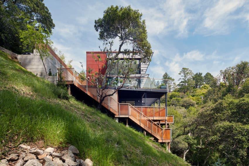 Zack de vito architecture construction designs a for Hillside homes