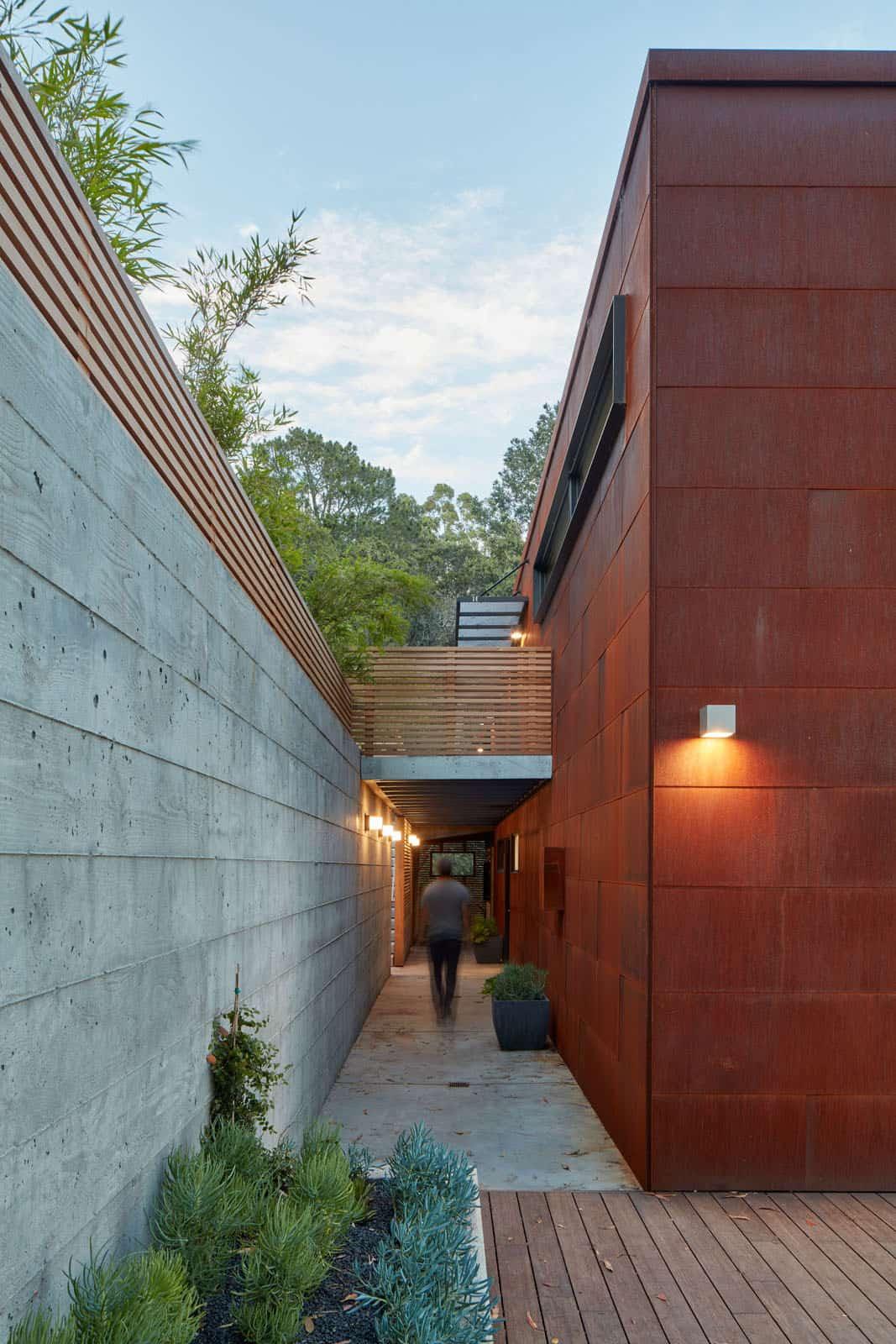 441 Tamalpais Ave | Hillside House by Zack de Vito (22)