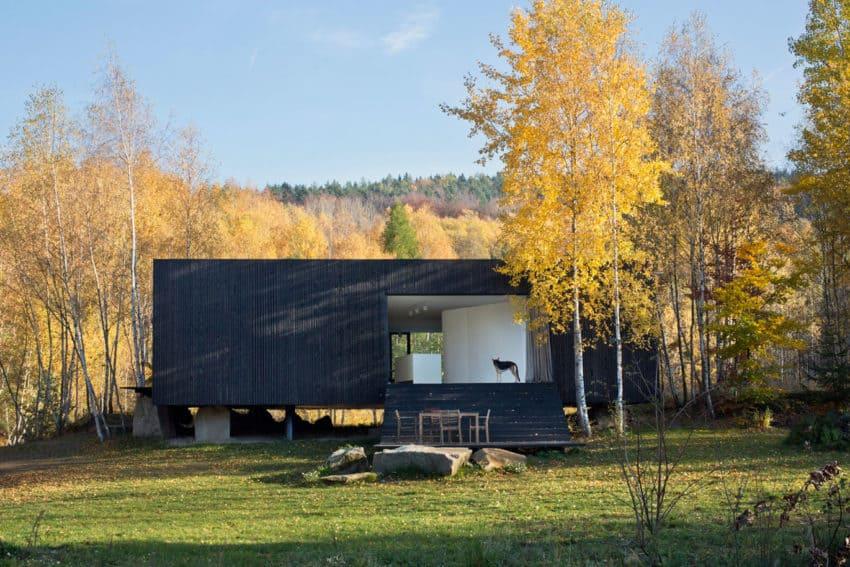 A Prototype of a Family House by a69 Architekti (4)