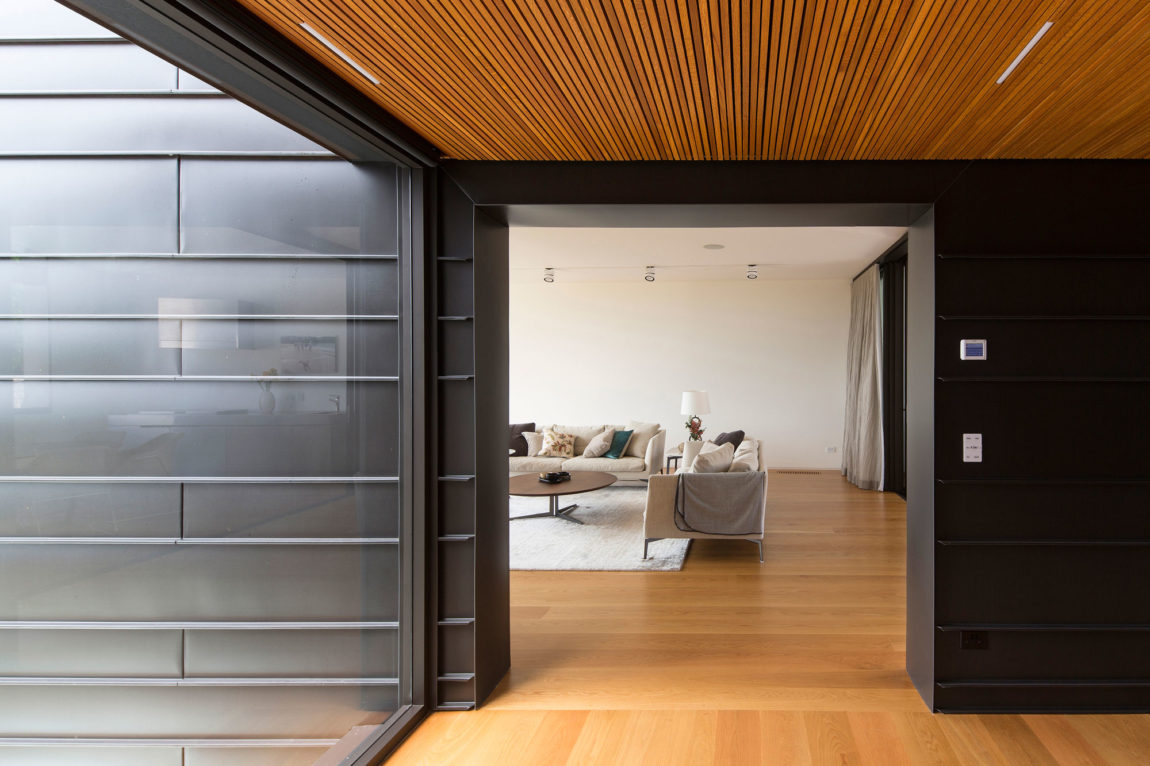 Balmoral House by Fox Johnston Architects (11)