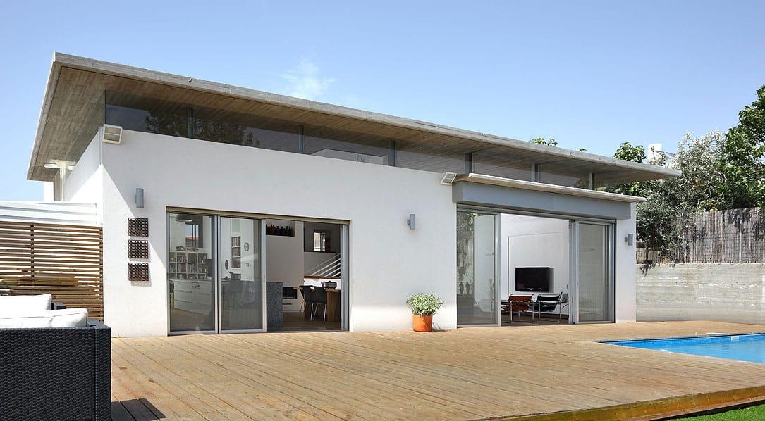 Bnei-Dror House by Amitzi Architects (1)