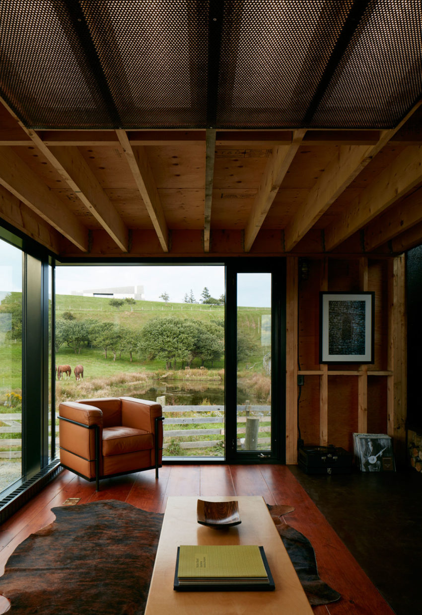 Enough House by MacKay-Lyons Sweetapple Architects (8)