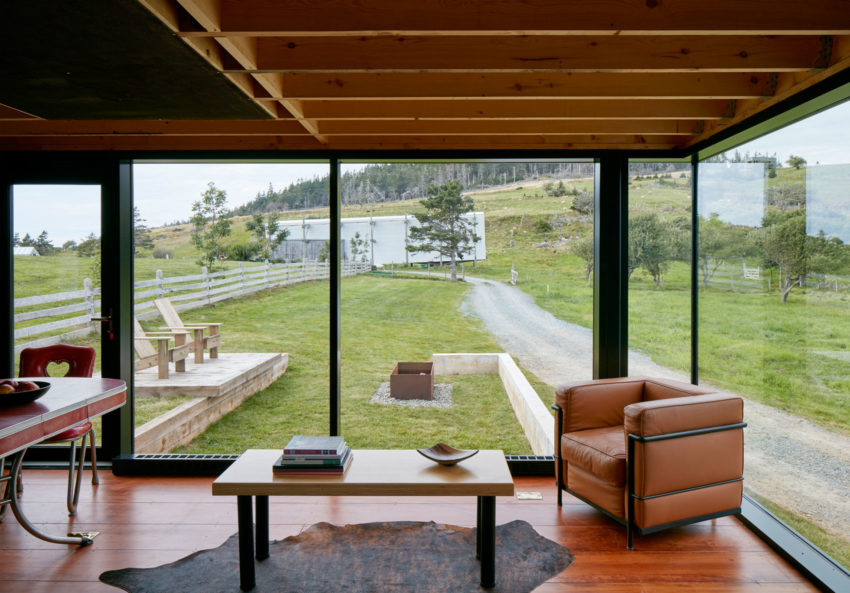Enough House by MacKay-Lyons Sweetapple Architects (10)