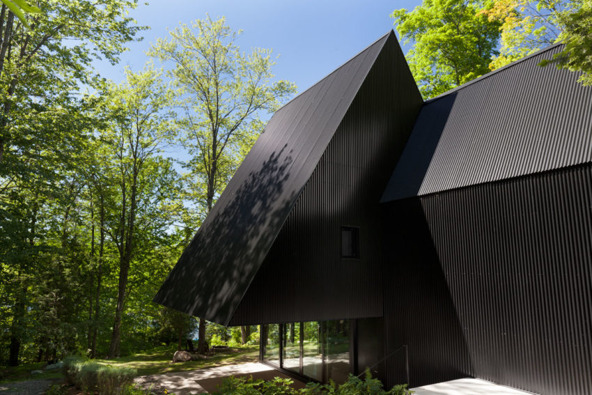 FA House by Jean Verville architecte (5)