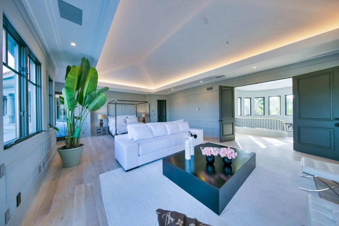 French Contemporary in Beverly Hills by Maxime Jacquet (42)