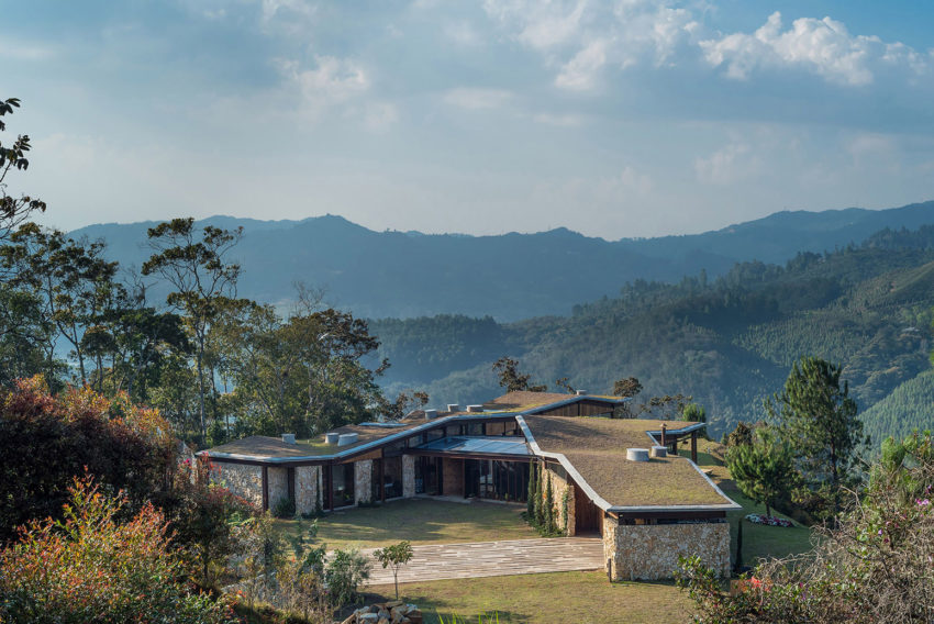 OPUS Builds a Home at a Height of 7,000 Feet in El Retiro, Colombia