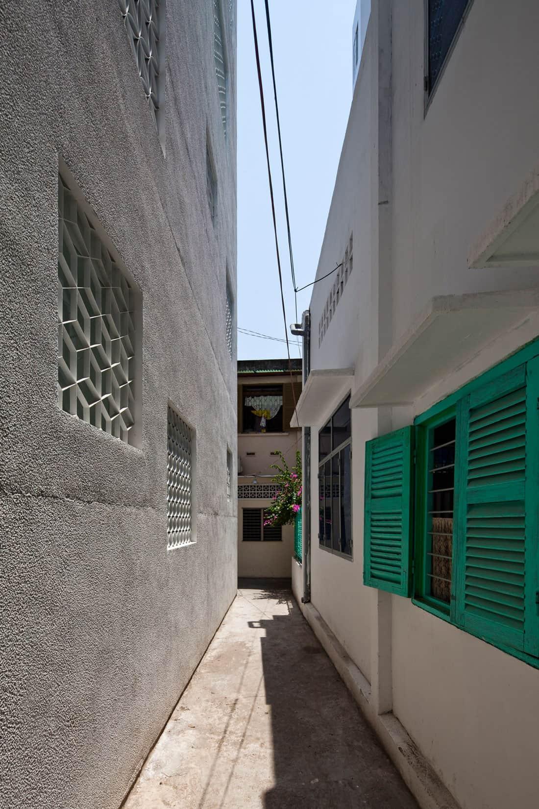 HEM House by Sanuki Daisuke Architects (3)