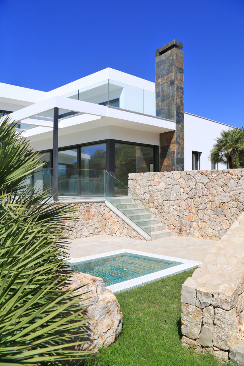 House in Nova Santa Ponsa by Andreas Hummel Architekt (18)