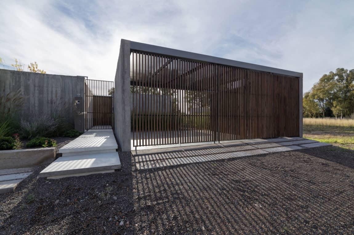 House in Palihue by Bernardo Rosello (2)