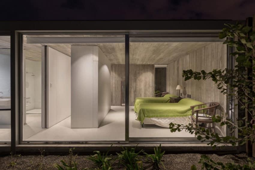 House in Palihue by Bernardo Rosello (21)