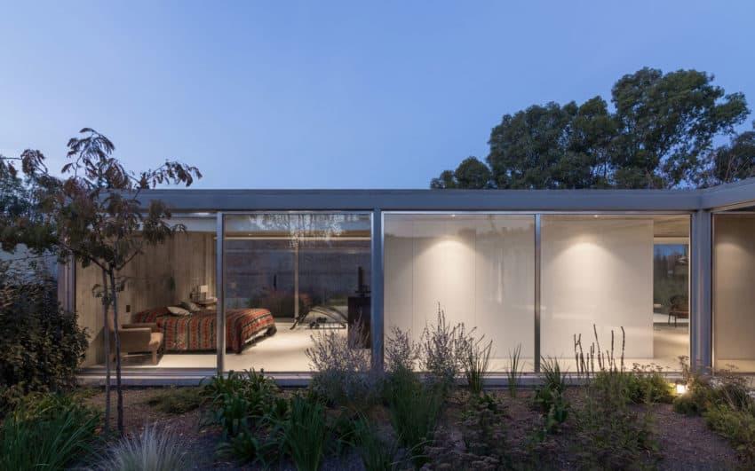 House in Palihue by Bernardo Rosello (26)