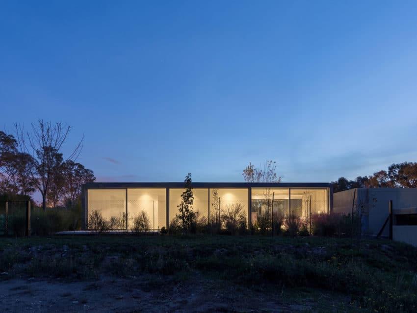 House in Palihue by Bernardo Rosello (29)