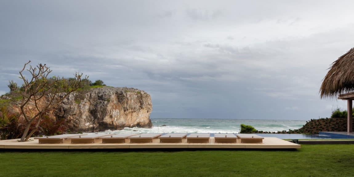 House in the Pacific Coast by Bernardi + Peschard Arq (1)