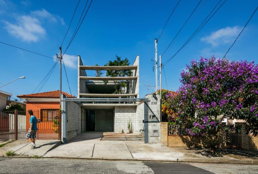 Mipibu House by Terra e Tuma Arquitetos Associados (1)