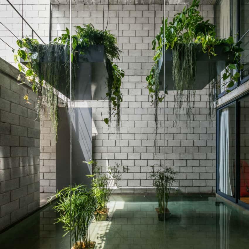 Mipibu House by Terra e Tuma Arquitetos Associados (10)