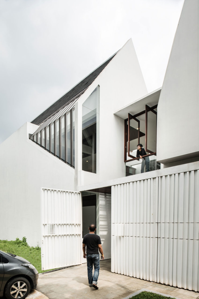 Spouse House by Parametr Architecture (2)