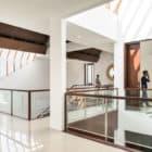Spouse House by Parametr Architecture (8)