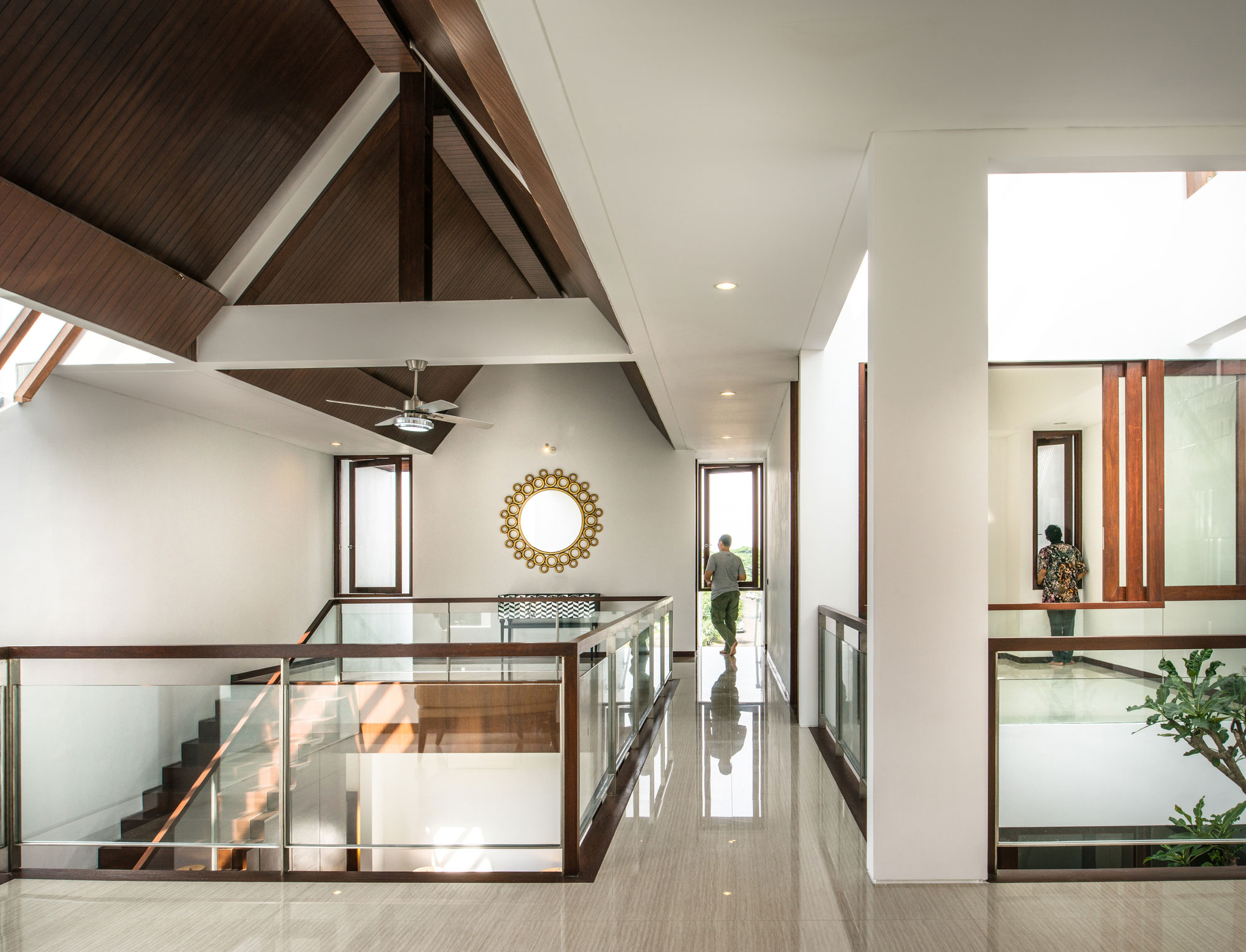 Parametr Architecture Designs a Private Residence in Jakarta, Indonesia