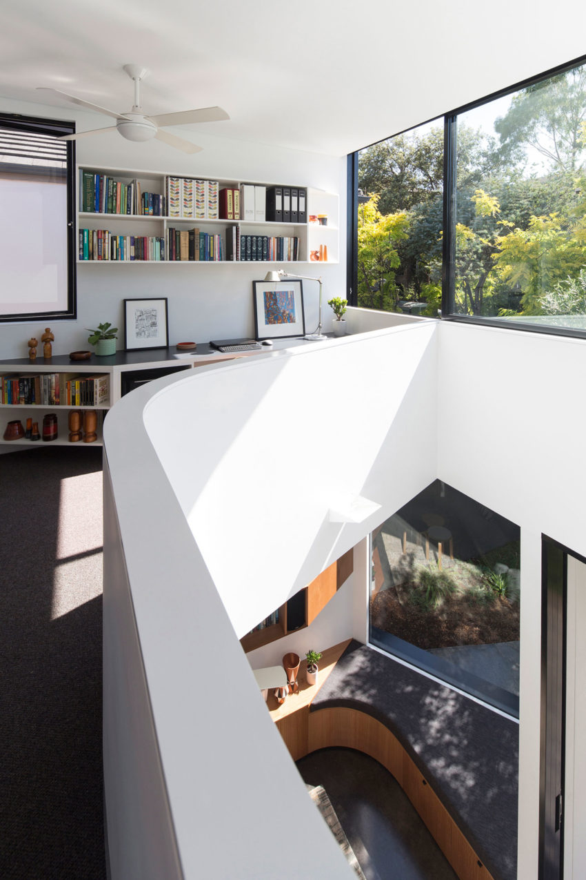 Unfurled House by Christopher Polly Architect (15)
