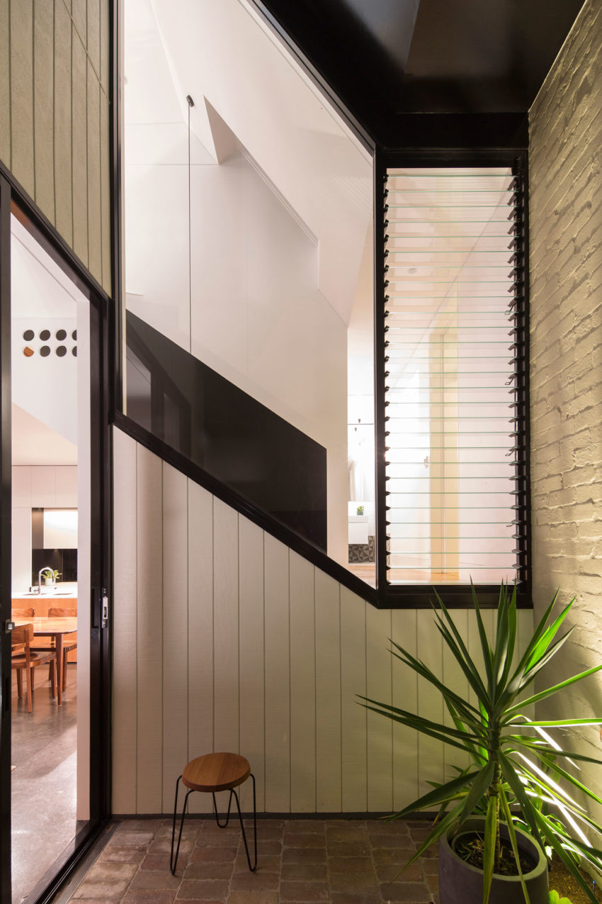 Unfurled House by Christopher Polly Architect (20)
