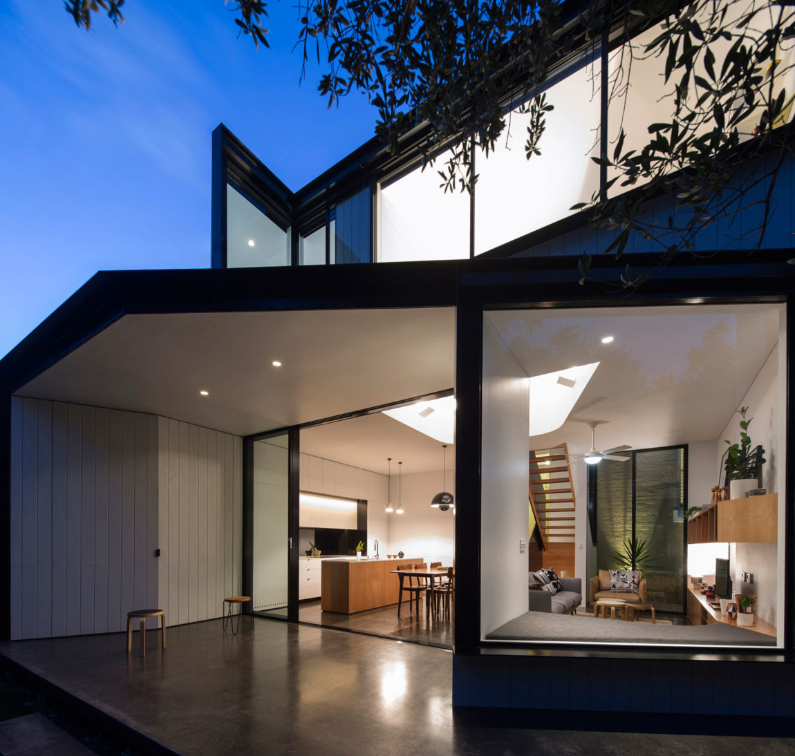 Unfurled House by Christopher Polly Architect (22)