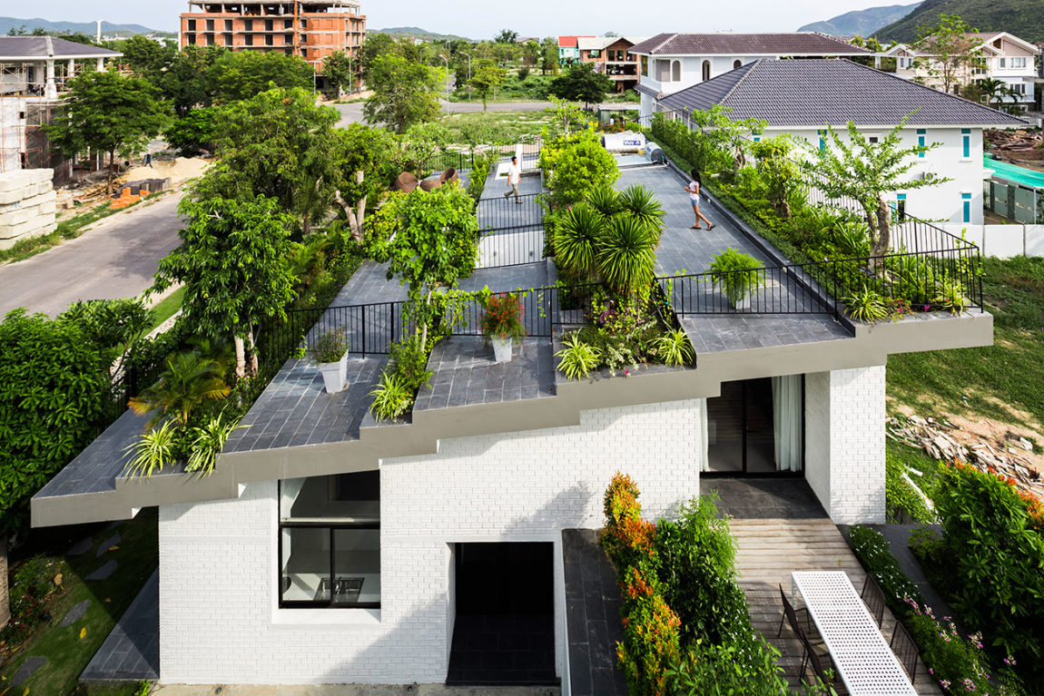 A House in Nha Trang by Vo Trong Nghia Arch & ICADA (2)