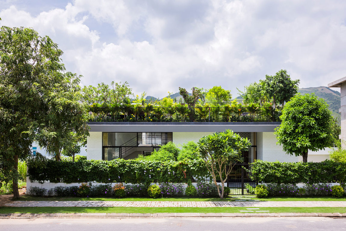A House in Nha Trang by Vo Trong Nghia Arch & ICADA (3)