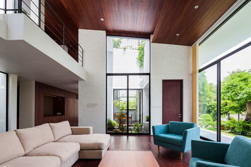 A House in Nha Trang by Vo Trong Nghia Arch & ICADA (6)