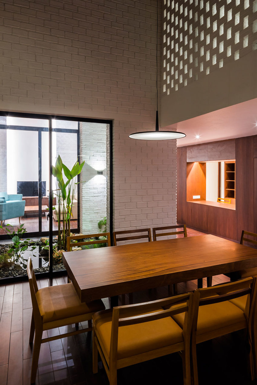 Vo Trong Nghia Architects Amp Icada Design A Private Home